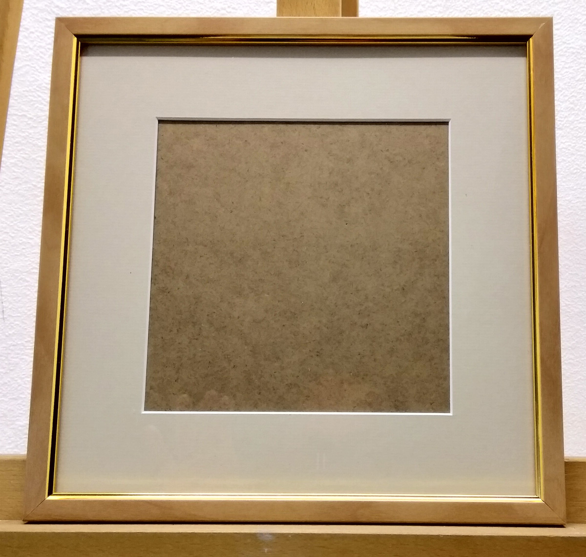 Empty frame with mount